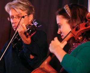 Fiddle player, cello player